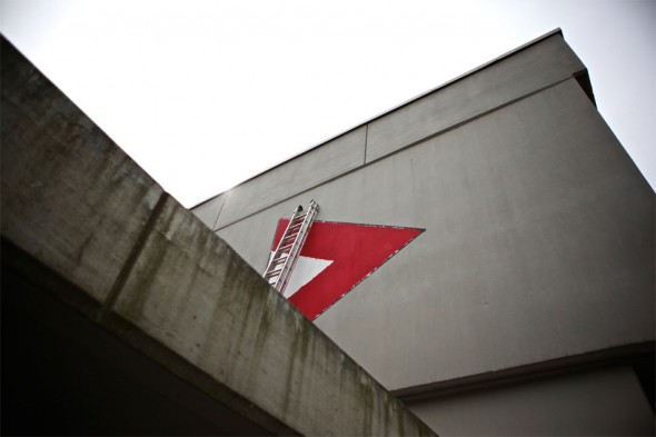 Zif Malerei Schwimmbad 01-590x393 in